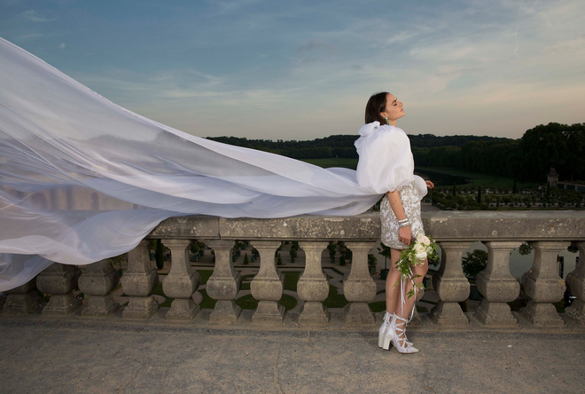 Over-The-Top Fashion Weddings I Just Can't Get Enough Of! 2017-10-15 at 4.15.52 PM.png