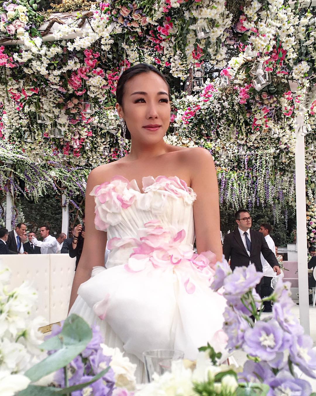 over the top weddings19121965_485485201786591_723065694266064896_n.jpg