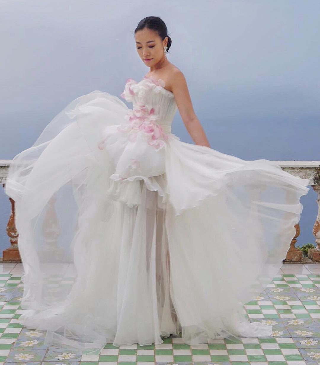 over the top weddingsdb21c39bf63a9890f91bafec79b3f72772a88a1a.jpg