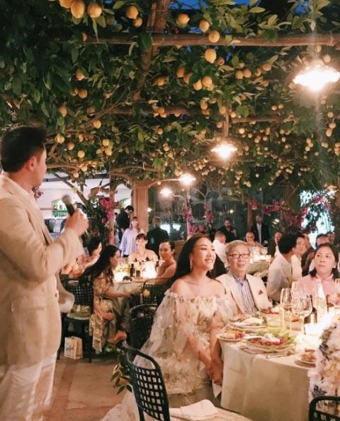 over the top weddingssrc-cosmo-wedding-4.jpg