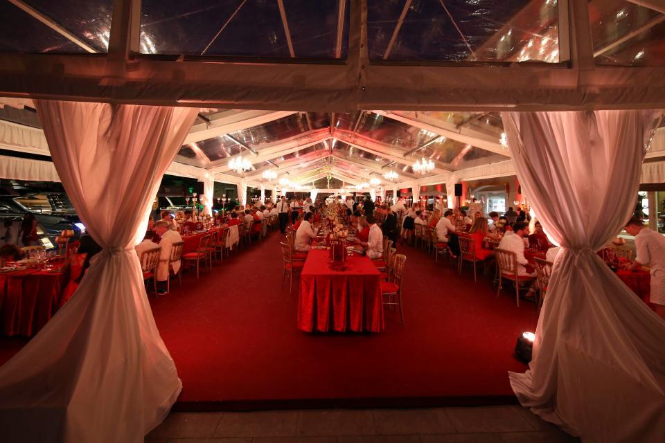 over the top weddingsnintchdbpict000333173025.jpg