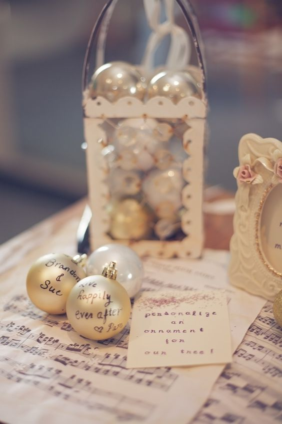 Ornament-3.jpg