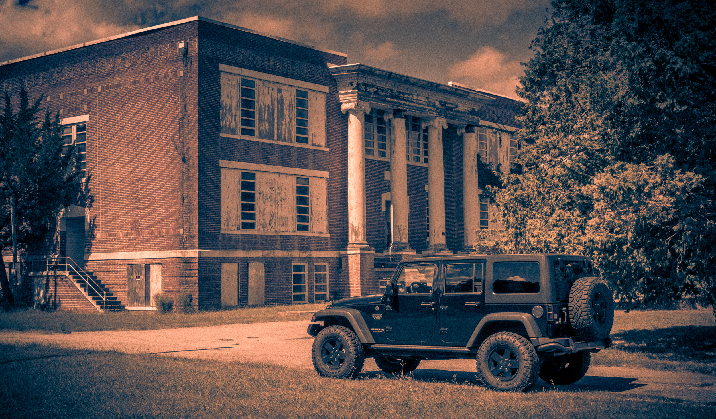 Jeep and Abandoned School-1.jpg