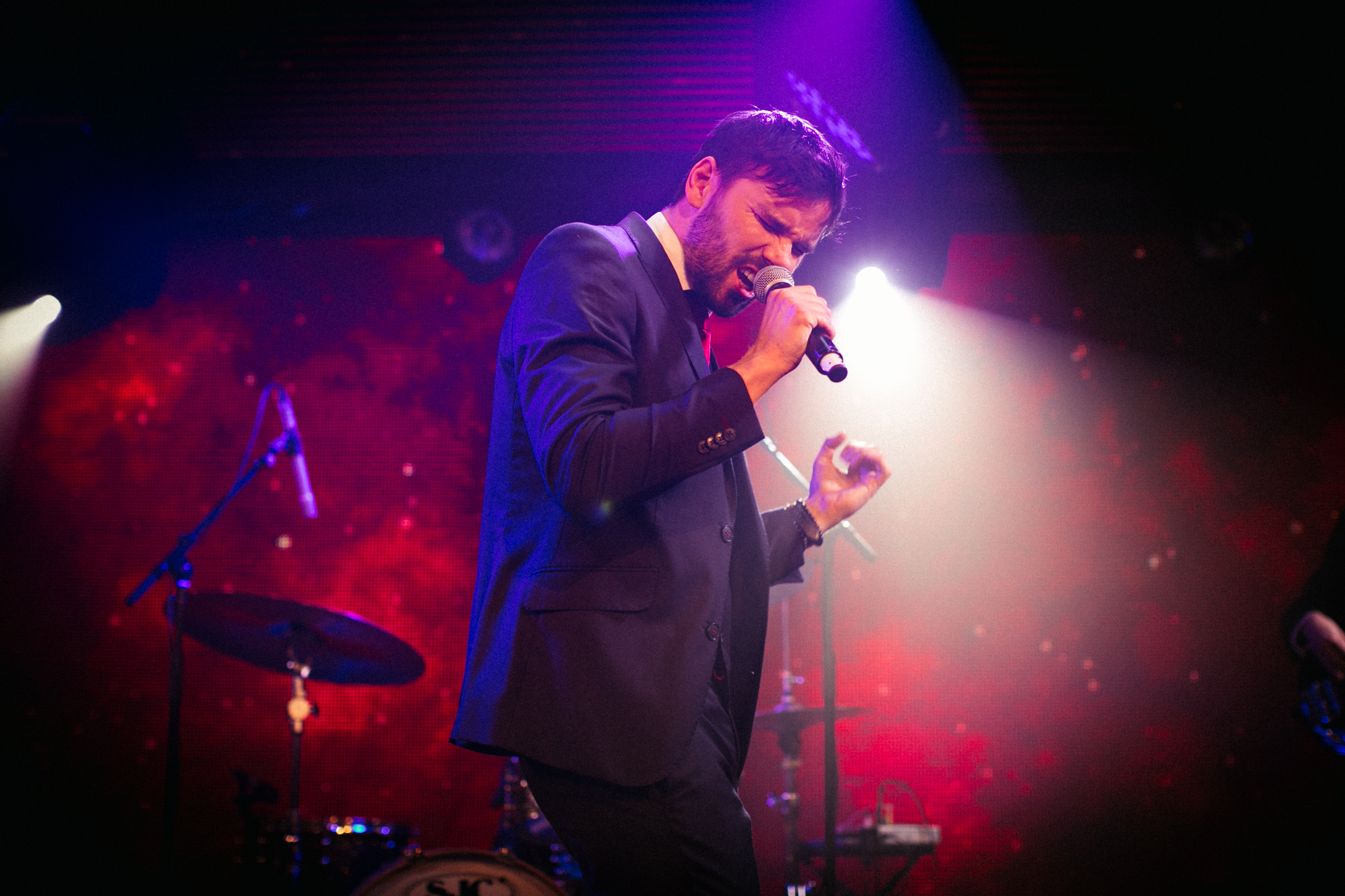 Sean Rumsey vocalist in band for hire