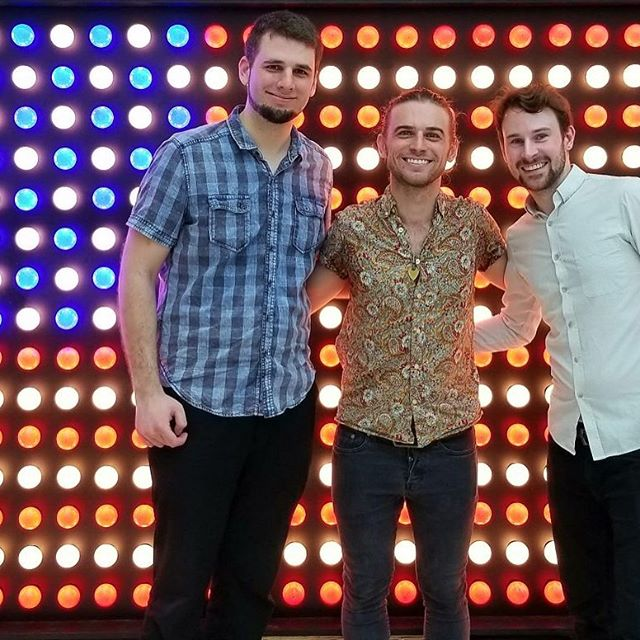 #tbt it's an oldie but a goodie. Especially love this photo because Sean, lead vocalist-guitarist in the middle, is from the States, and the theme of the staff party at the @britishmuseum was Americana that night. They picked a very fitting band for the evening! 🇺🇸 . . . #partyband #ukpartyband #partybanduk #lights #usaflag #usa #americana #rockband #corporatefunctionband #functionband #ukfunctionband #functionbanduk #yeehaw