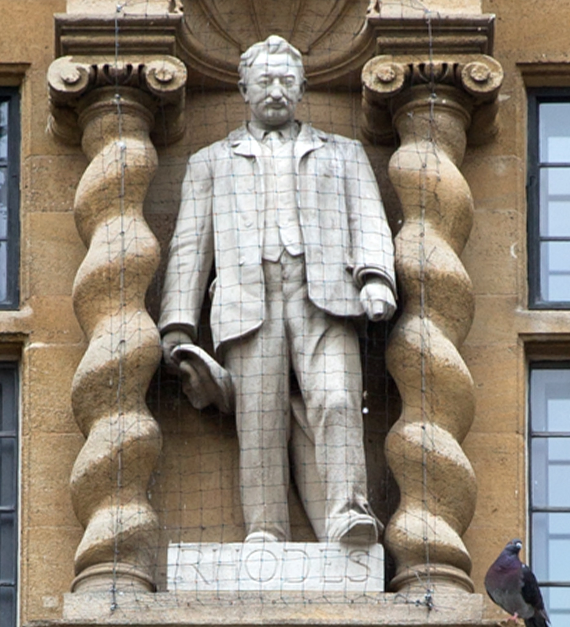 Cecil Rhodes statue at Oriel College.