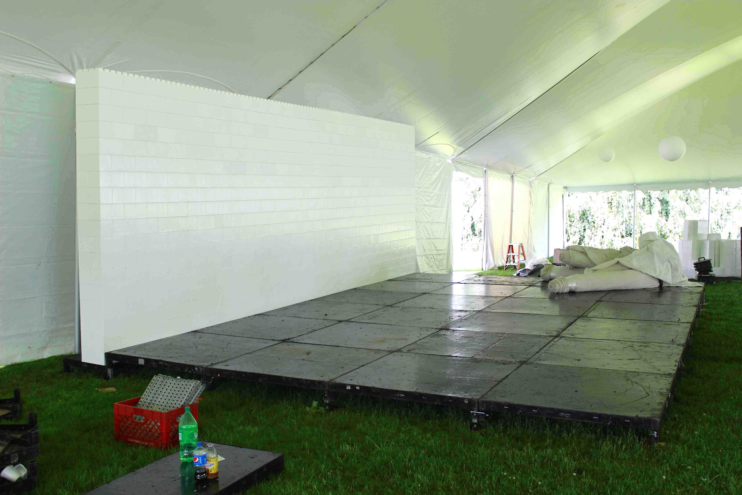 Create amazing modular backdrops for inside tents, behind stages, and for a variety of requirements.