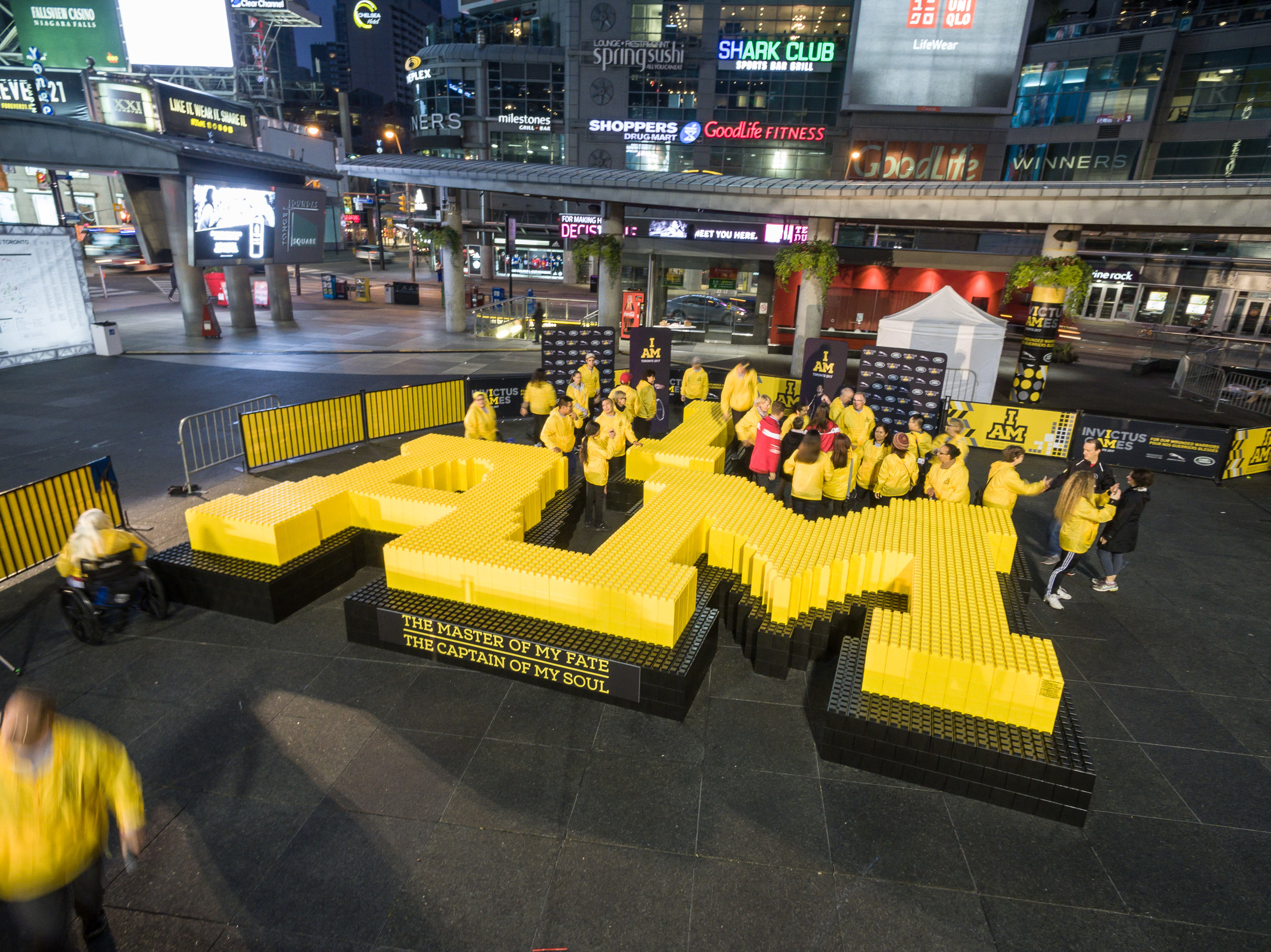 Build iconic structures and sculptures, with audience participation.  This event, for Invictus Games had thousands of shares on social media and a tremendous impact.
