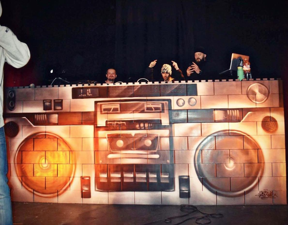 EverBlock DJ Booth
