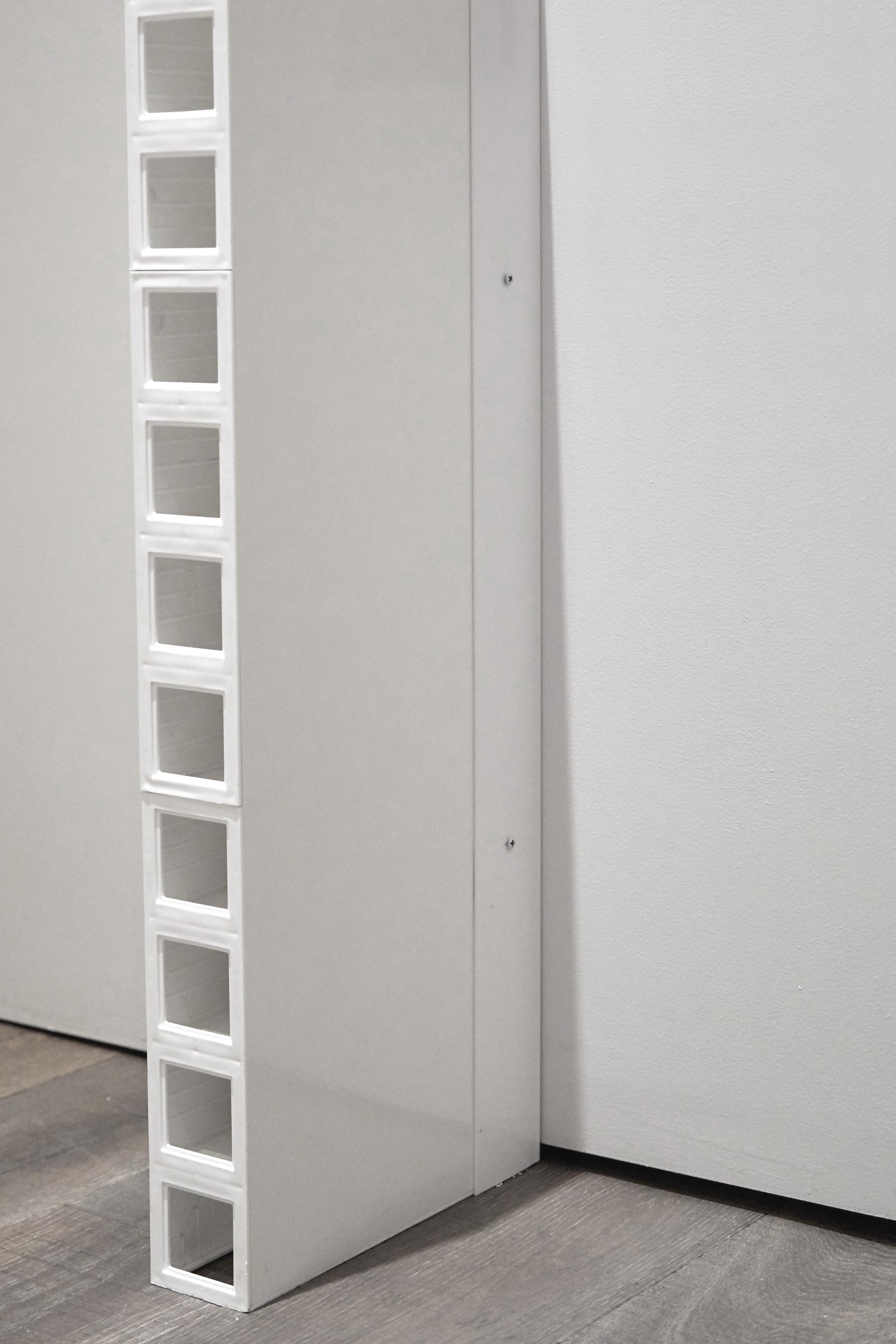 Fastening+modular+wall+panel