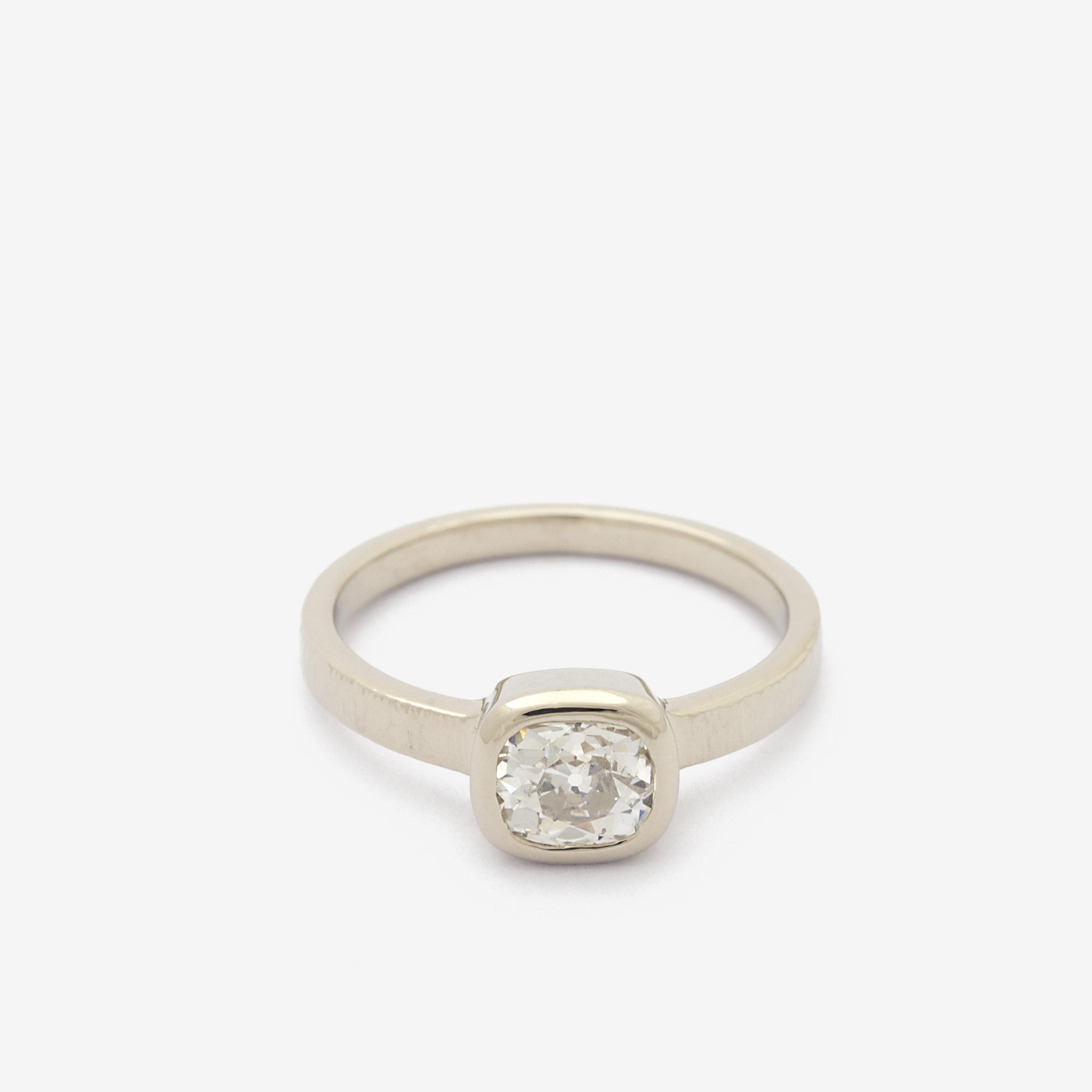Nabin Ring Front.jpg