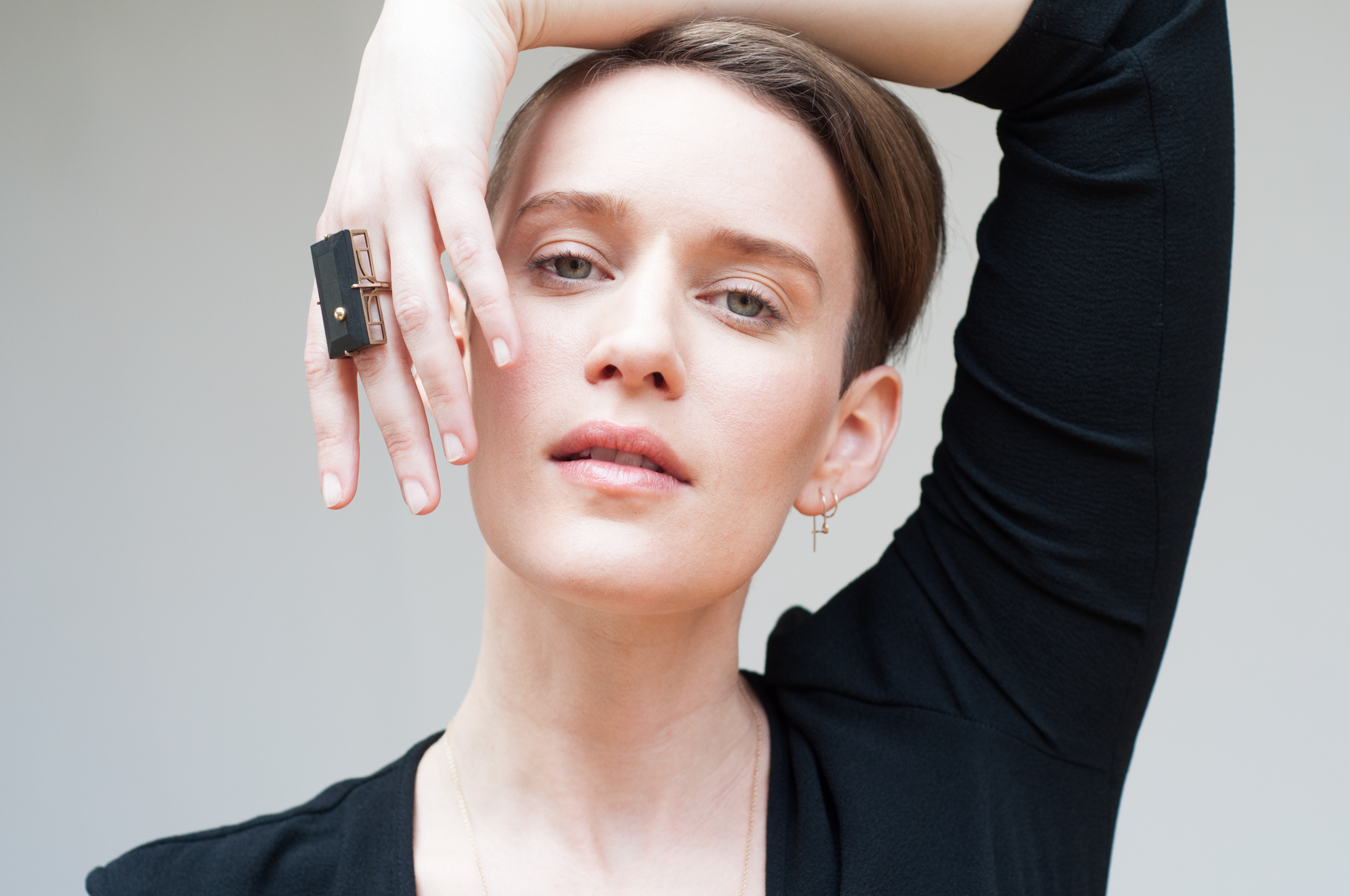 Ebony Bridge Ring  -  Spilla Earring  -  Huggie