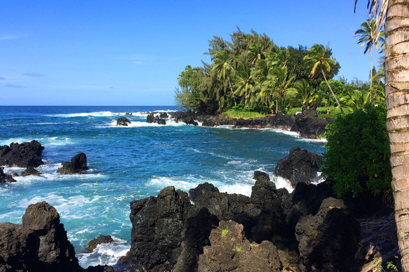 A side trip to the Ke'anae Peninsula provides spectacular views.