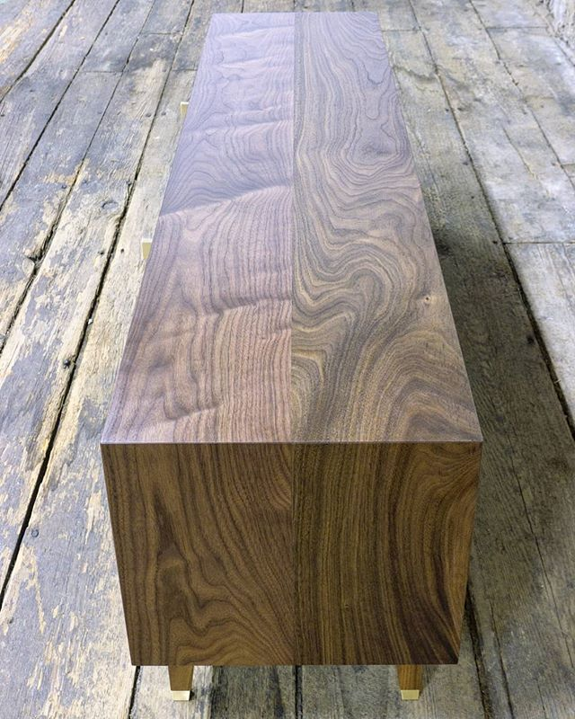 Waterfall that grain when possible. Walnut media console with brass details.  #walnut #mediaconsole #credenza #brass #furnituredesign #finefurniture #customfurniture #customhardware #interiordecor #madeinbrooklyn #madeinnewyork #woodworking #waterfall