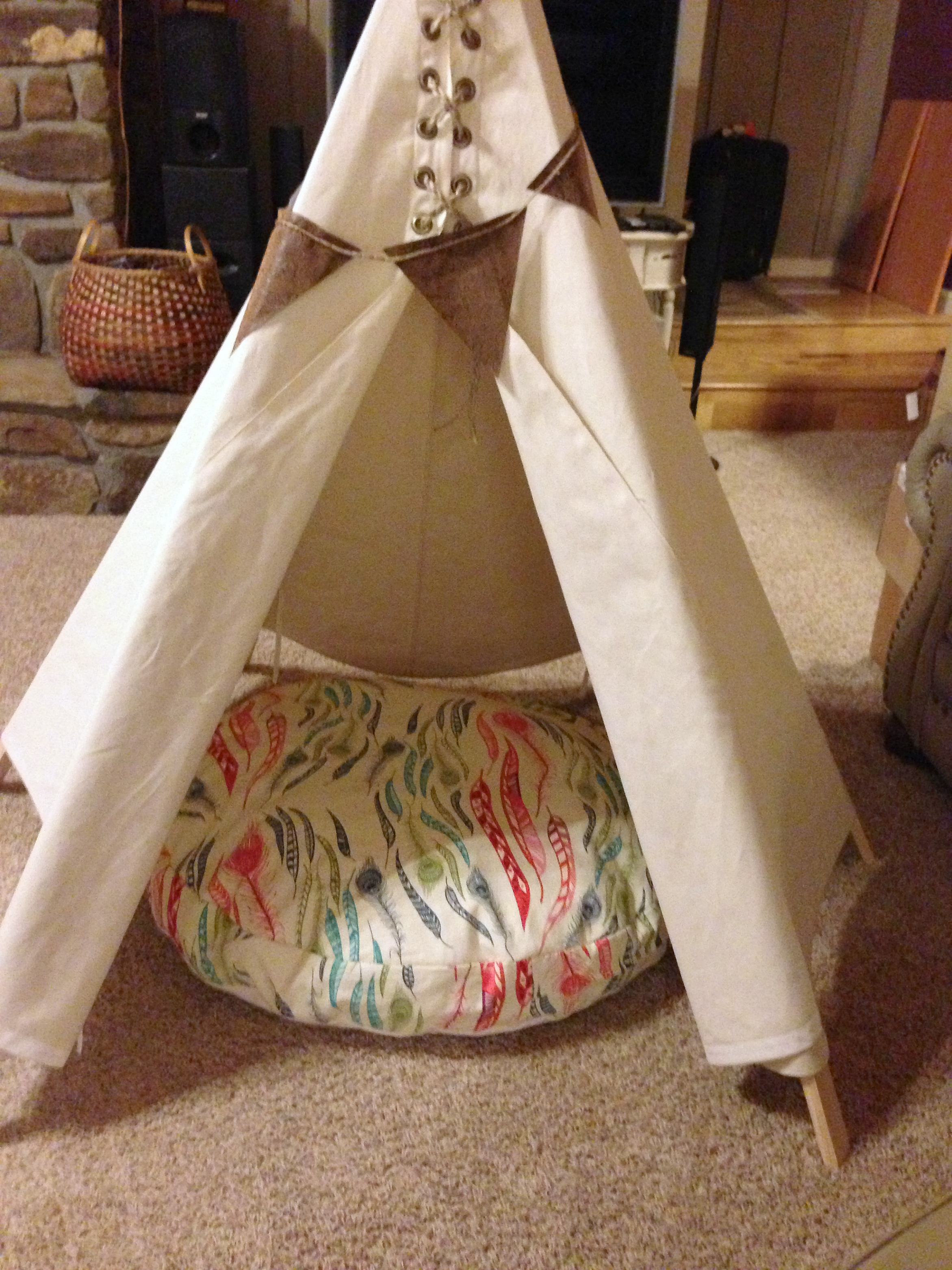 Making a Cushion for a TeePee
