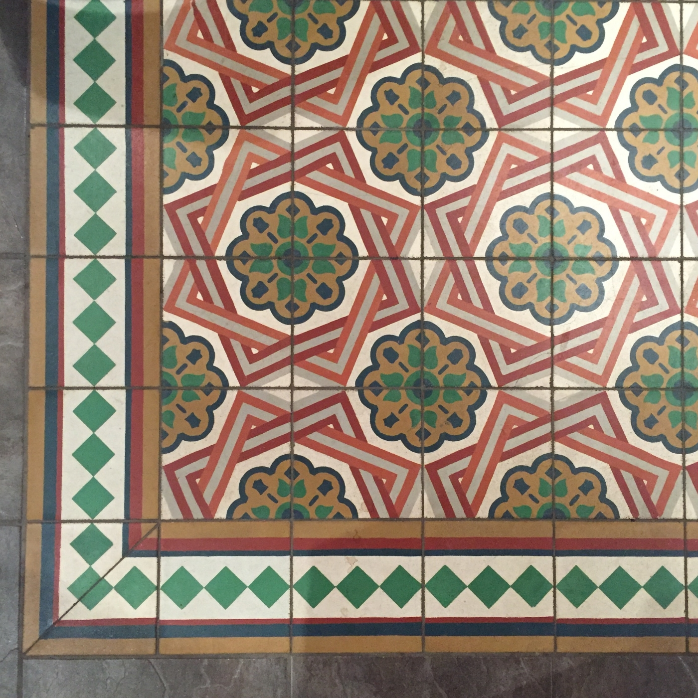 Tile Floor as Quilt Inspiration