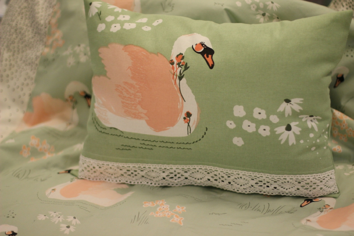 Dabbling Swan Pillow