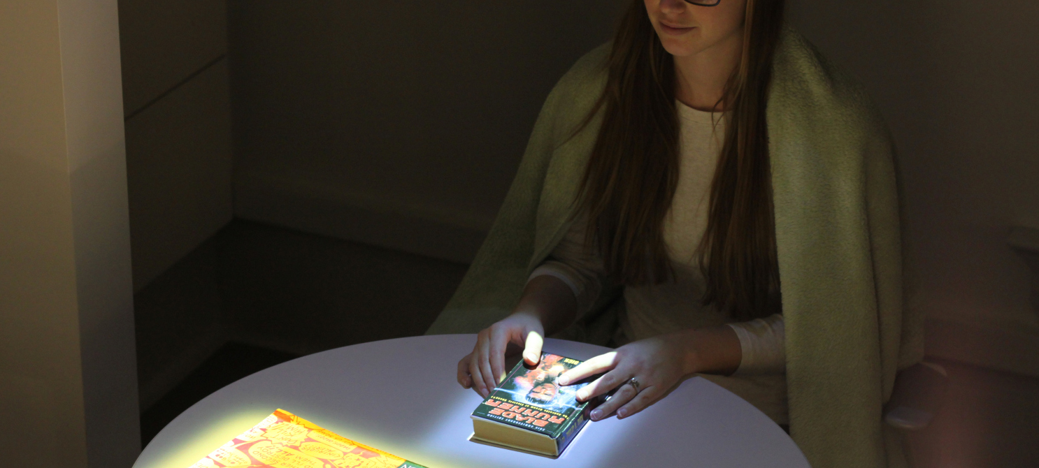 AN IMMERSIVE READING EXPERIENCE   PHYSICAL PROTOTYPING
