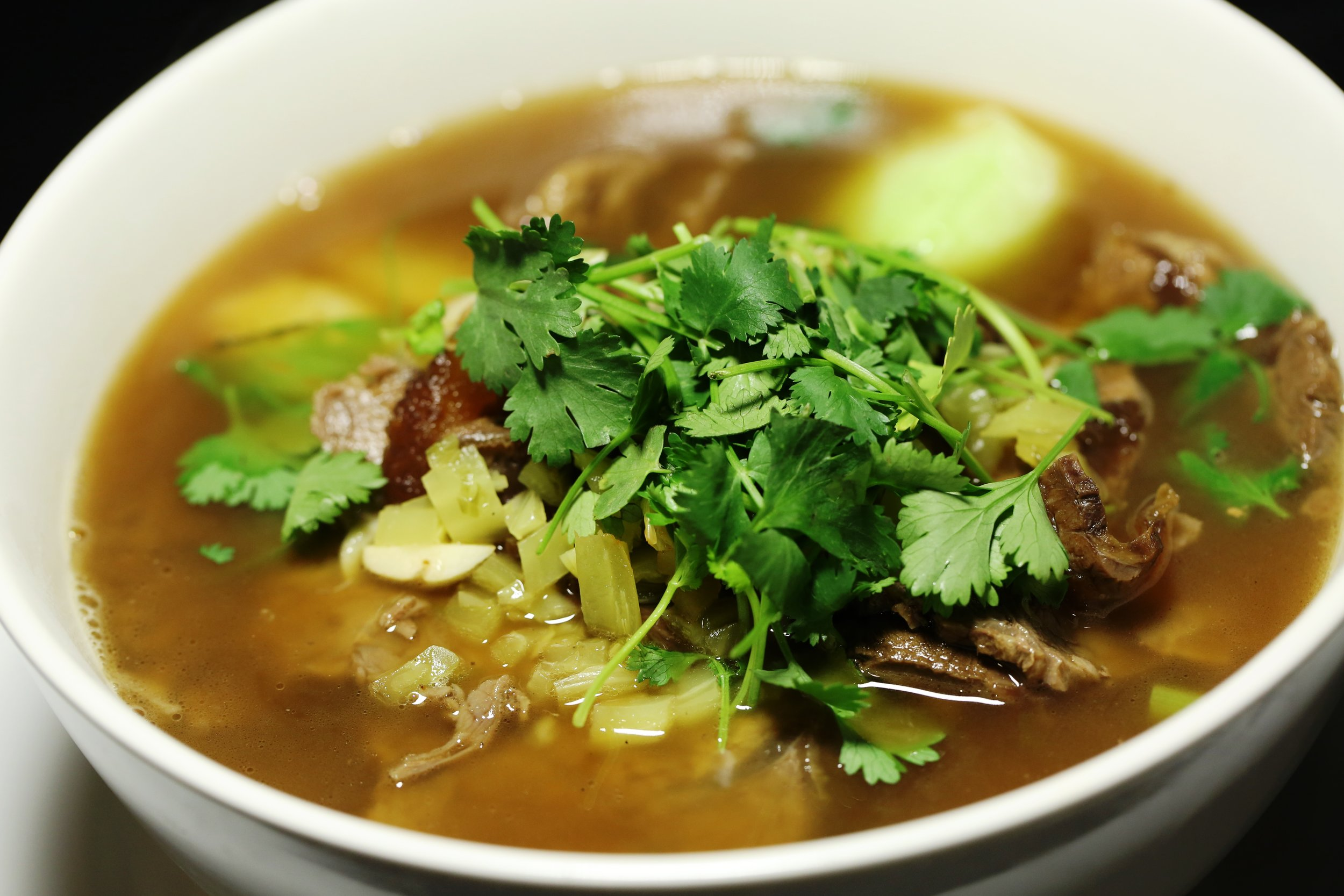 taiwan beef noodle soup.jpg