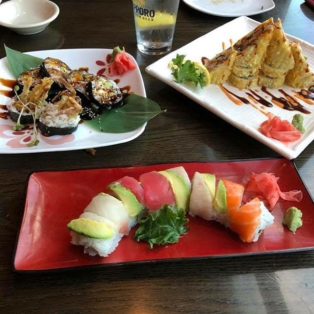 Hungry for Sushi this weekend? 🍣 We have you covered! Customer satisfaction photo 😋#arkansasfood #sushi🍣 #sushilover #deliciousfood #littletockfood #foodie