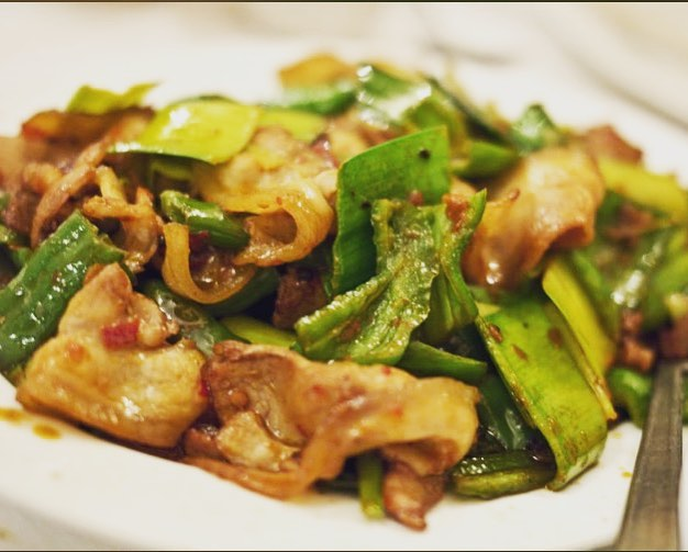 Sichuan style pork belly with leek.#delicious #littlerockfoodie #foodie #arkansasfood #awlins #awlinsasiancuisine #spicyfood