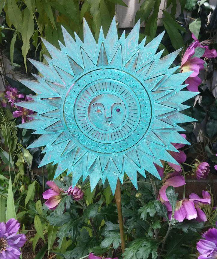 Sunburst Garden Ornament Small