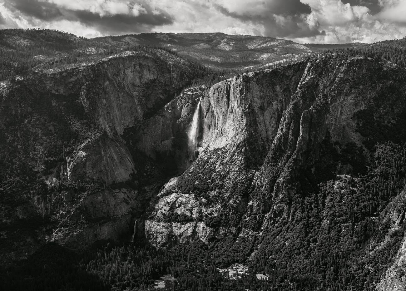 View of Upper and Lower Yosemite Falls from Glacier Point.