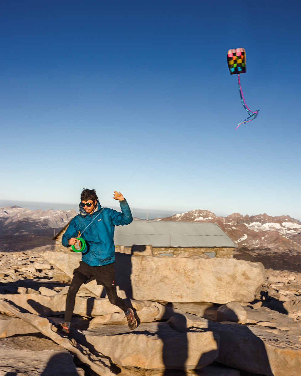 kite-flying-on-mount-whintey-california.jpg