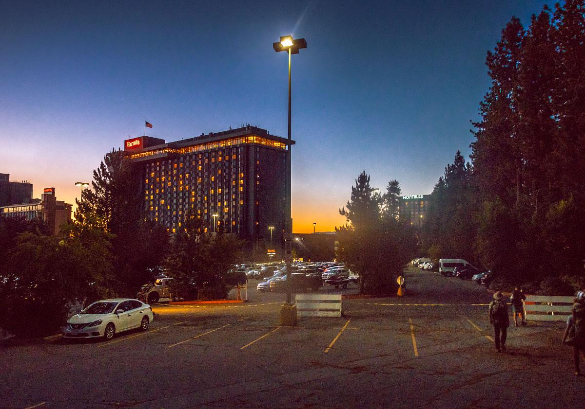 harrahs-hotel-at-night.jpg