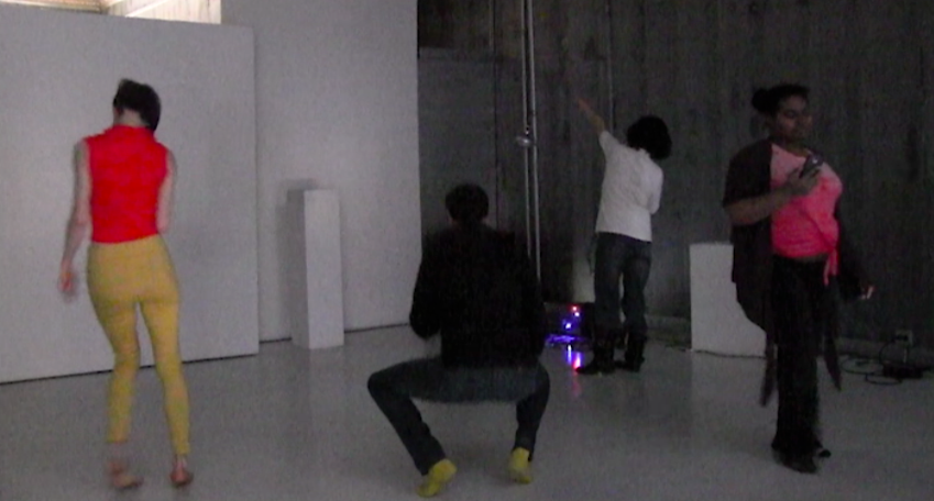 Movement exercises from contact improv were done with and without digital devices. The experiment tested the ability to physically engage with others when switching focus between natural surroundings to digital devices.