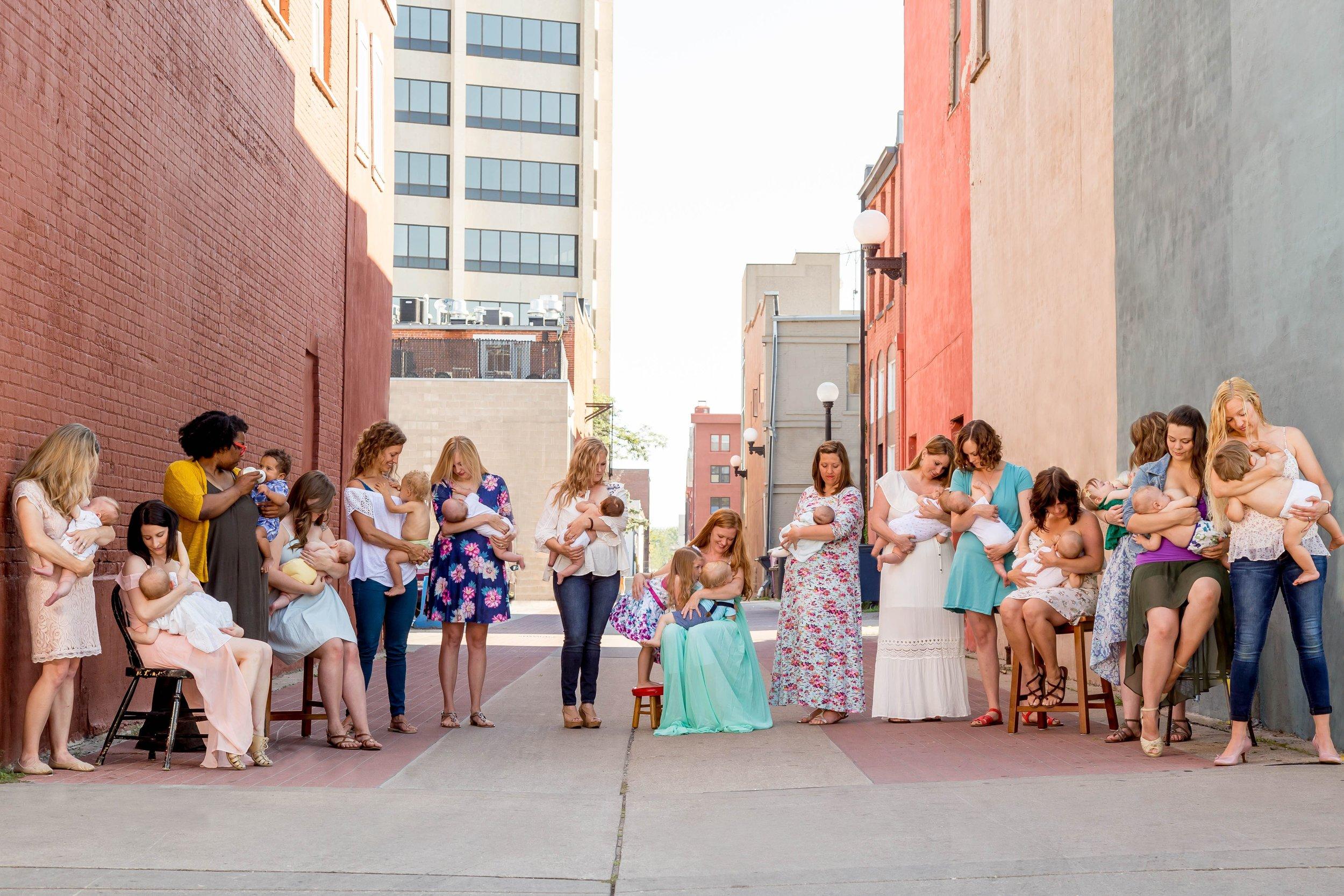 Normalize Breastfeeding 2017-5131-2.2.jpg