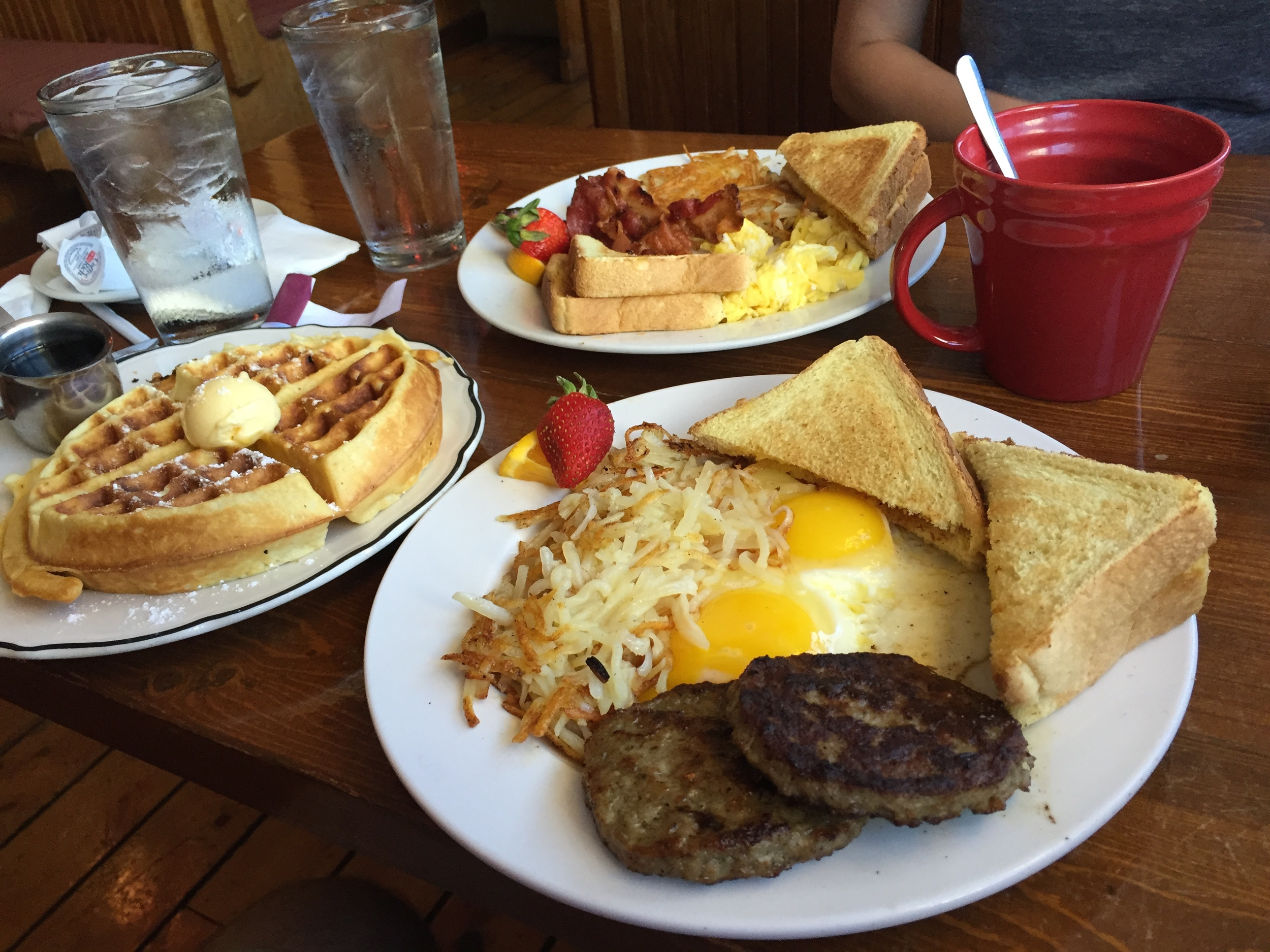 I fall asleep thinking about this breakfast. The Hungry Soul Cafe'