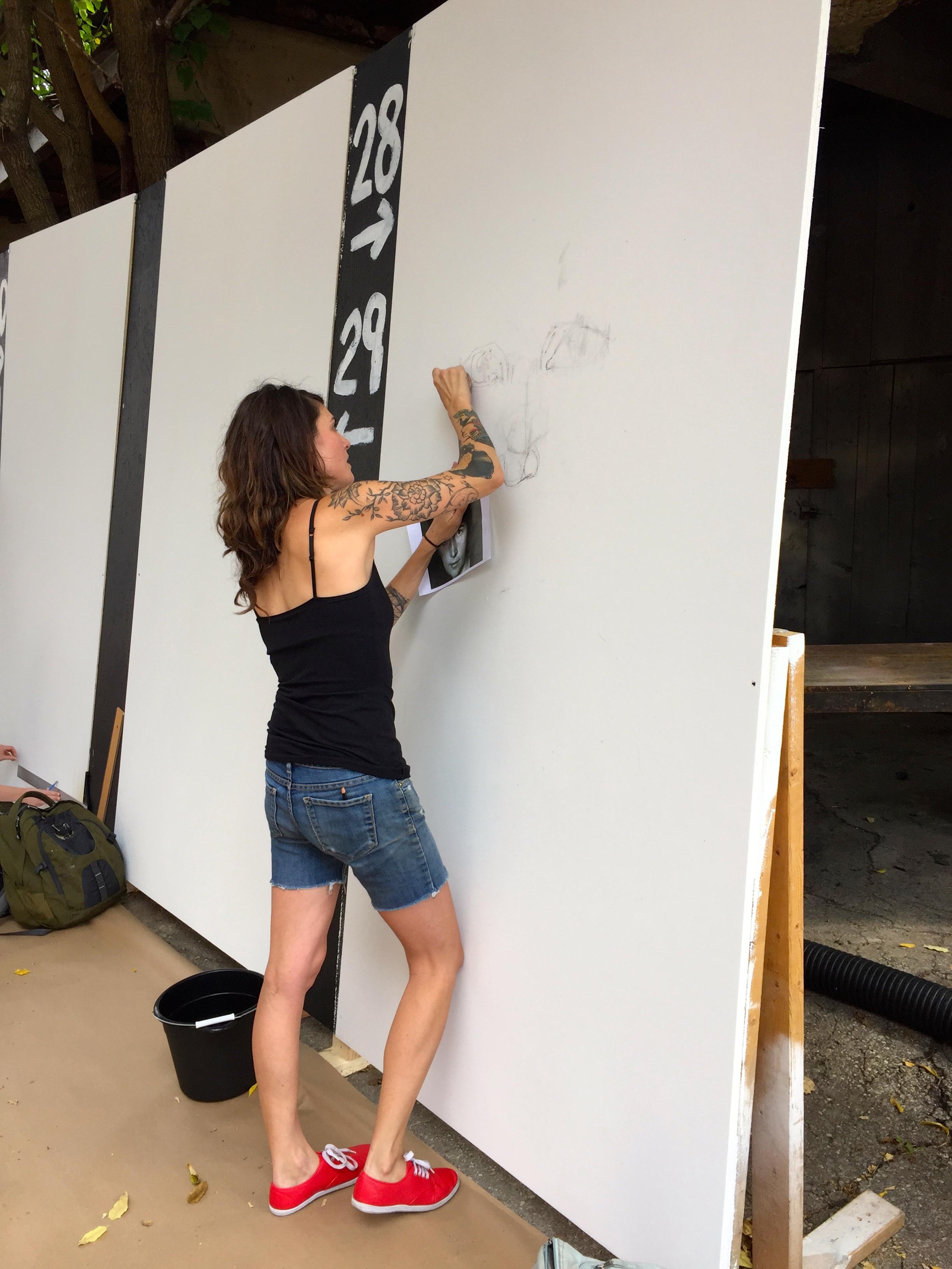 An artist at Urban Scrawl 2015