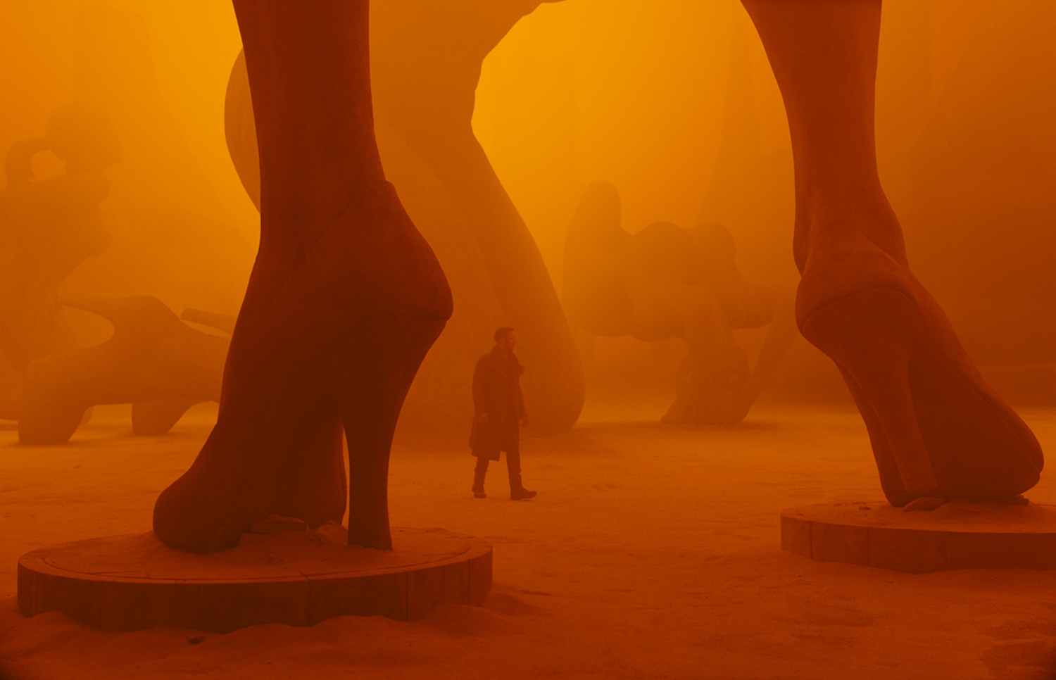 'Blade Runner 2049' utilizes color to communicate place and space.