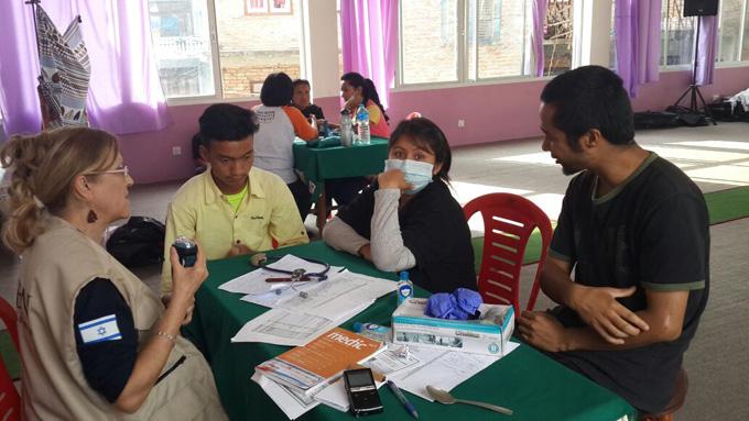 natan-nepal-medical-7.jpg