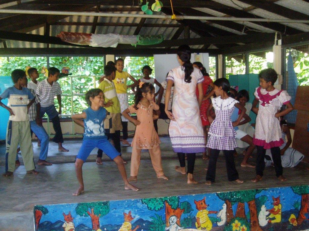 Natan Community Rehabilitation Project, Sri Lanka 2004