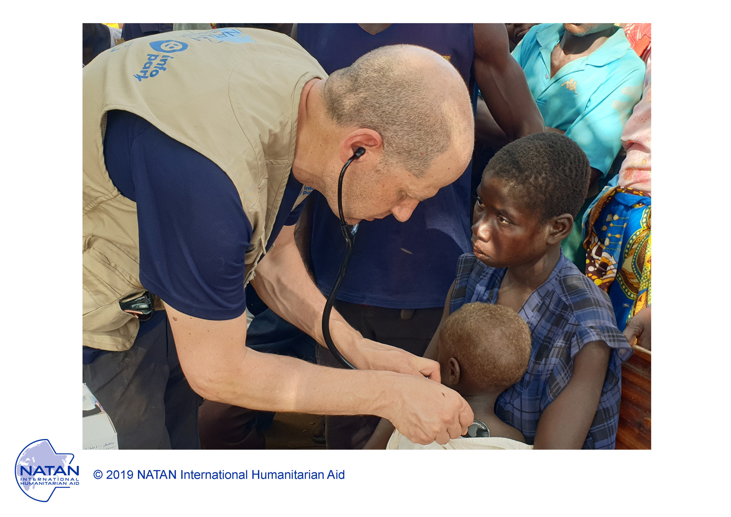 mozambique 2019 - NATAN medic PROVIDing first aid IN OUTDOOR FIELD CLINICS IN BEIRA REGION OF MOZAMBIQUE FOLLOWING CYCLONE IDAI