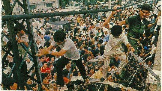 movies-vietnam-090514-videoSixteenByNine540 JUAN VALDEZ.jpg