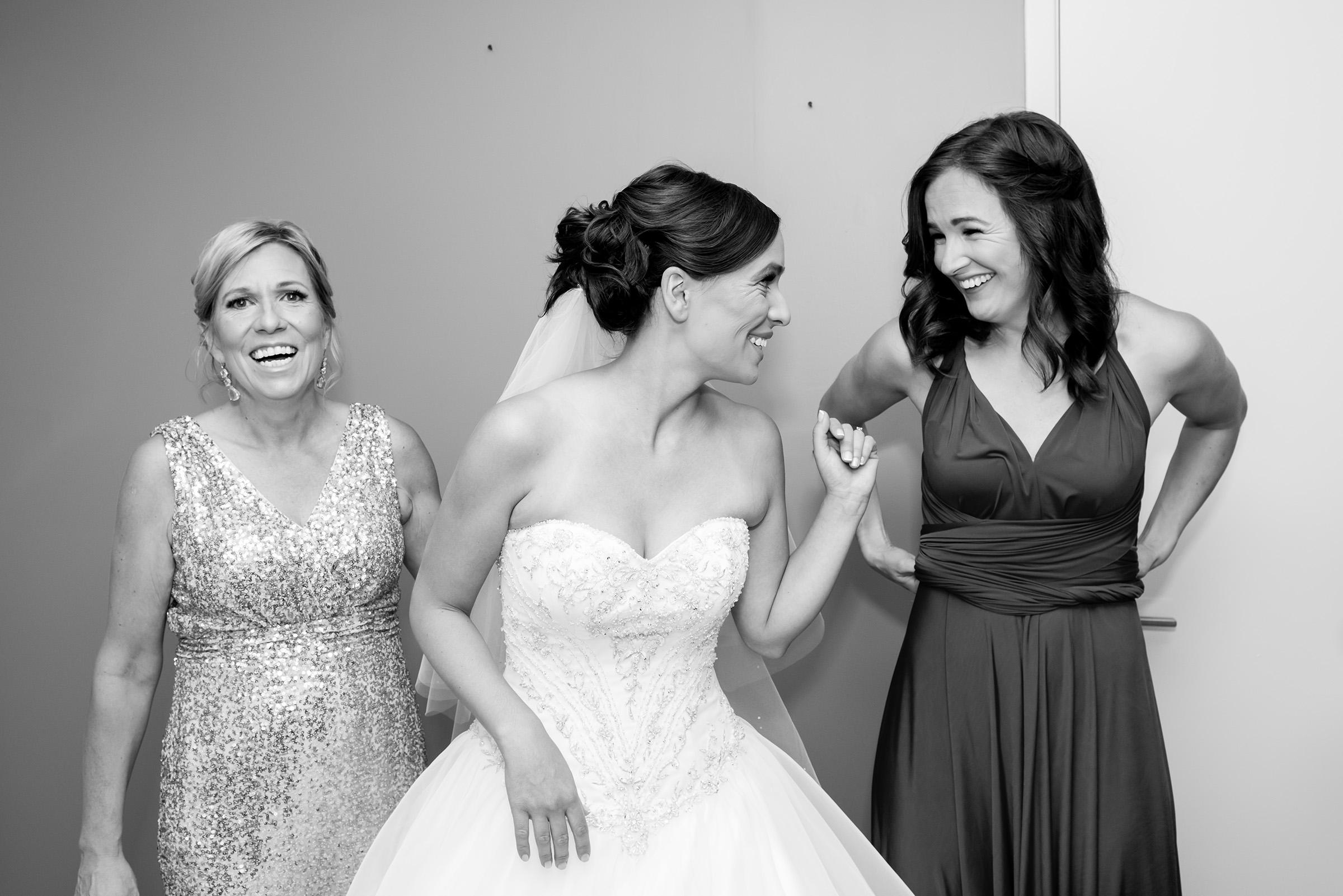 Nadine and Travis - Wedding-091.jpg