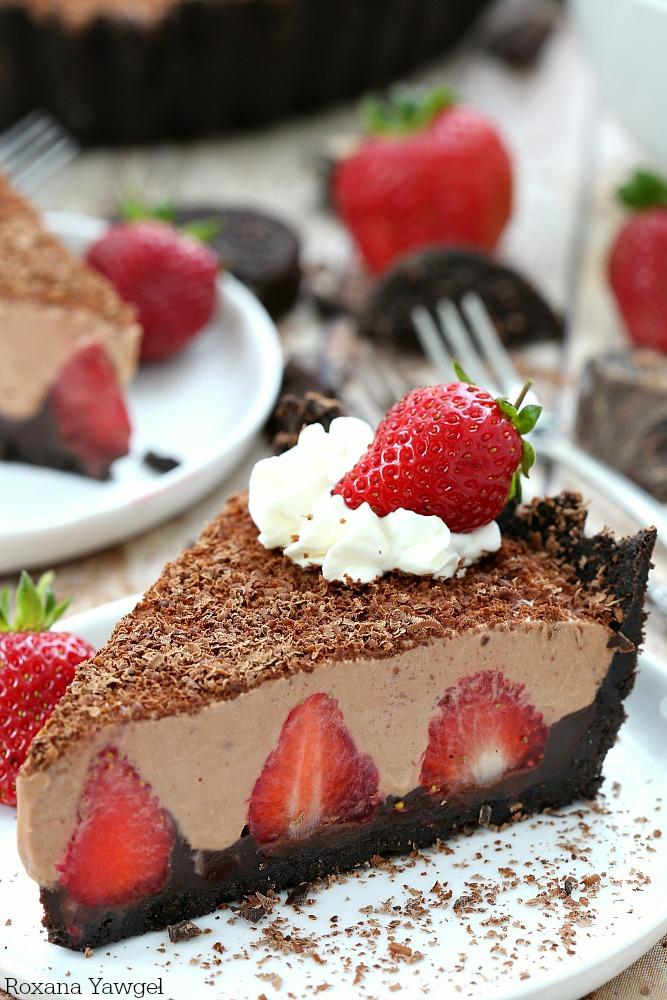 cake desserts.jpeg
