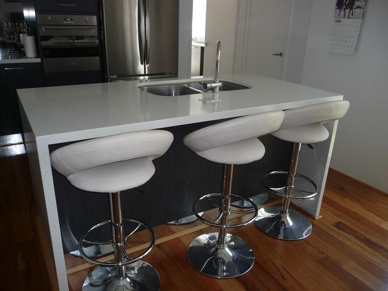 kitchen 2 web.jpg