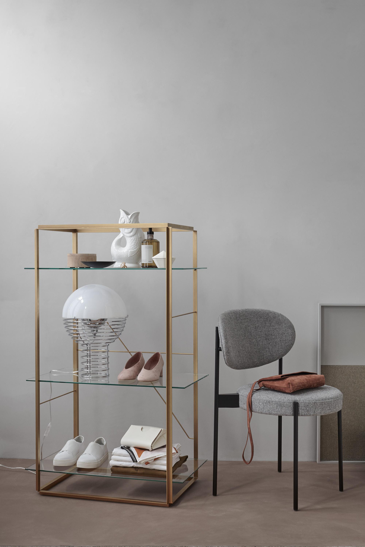 Florence Medium Shelf holds everything. Simply beautiful / Photo by Enok Holsegård & Sofie Brünner