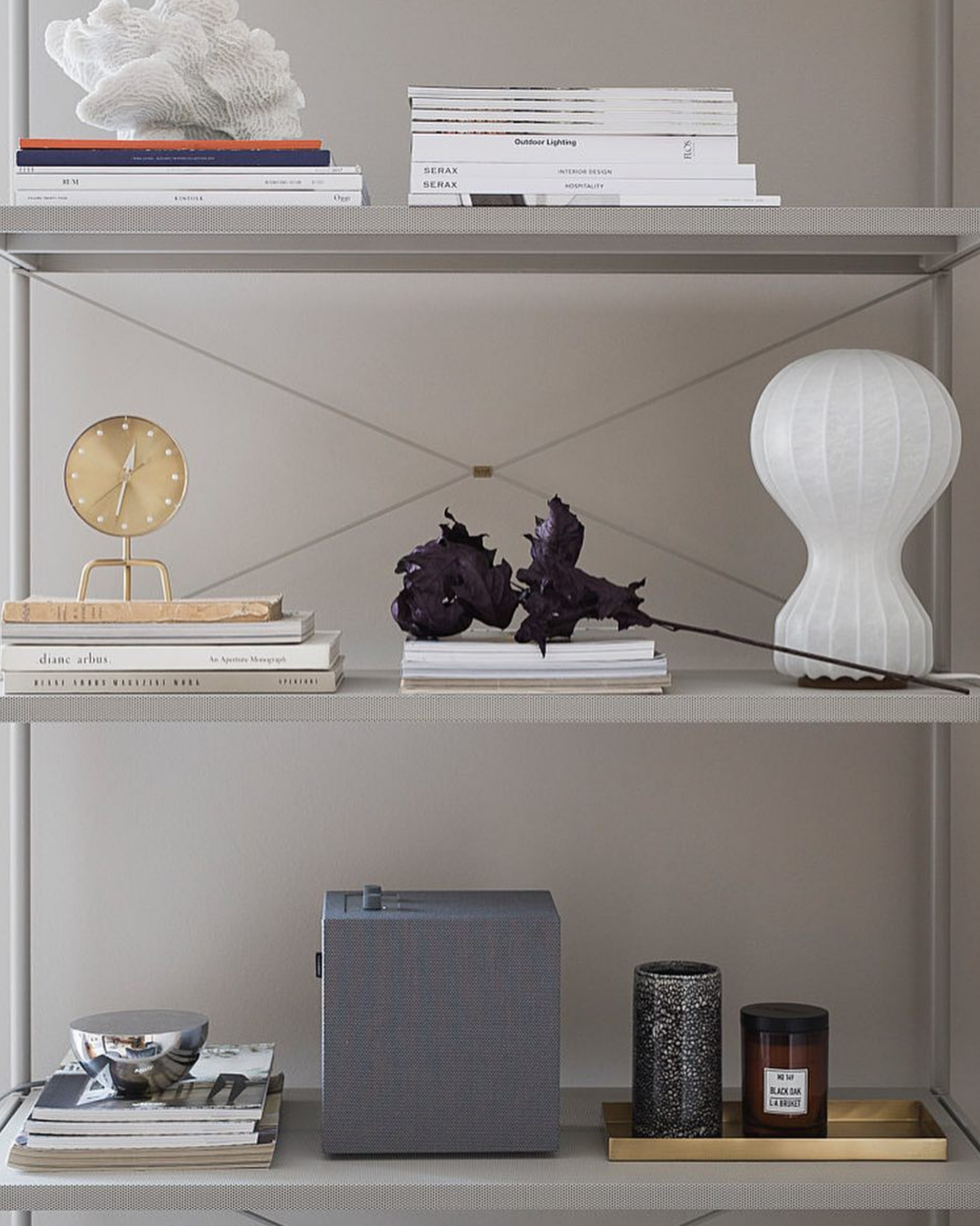 Shelf Display by @oslodeco
