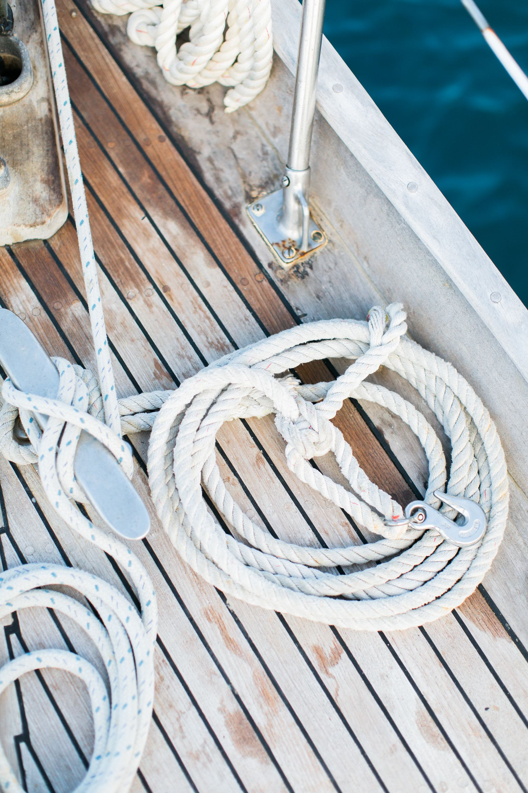 DESTINATION-WEDDING-SAIL-BOAT-ELOPEMENT-VIRGIN-ISLANDS-ST-JOHN-SAVANAH-LOFTUS_0003.jpg