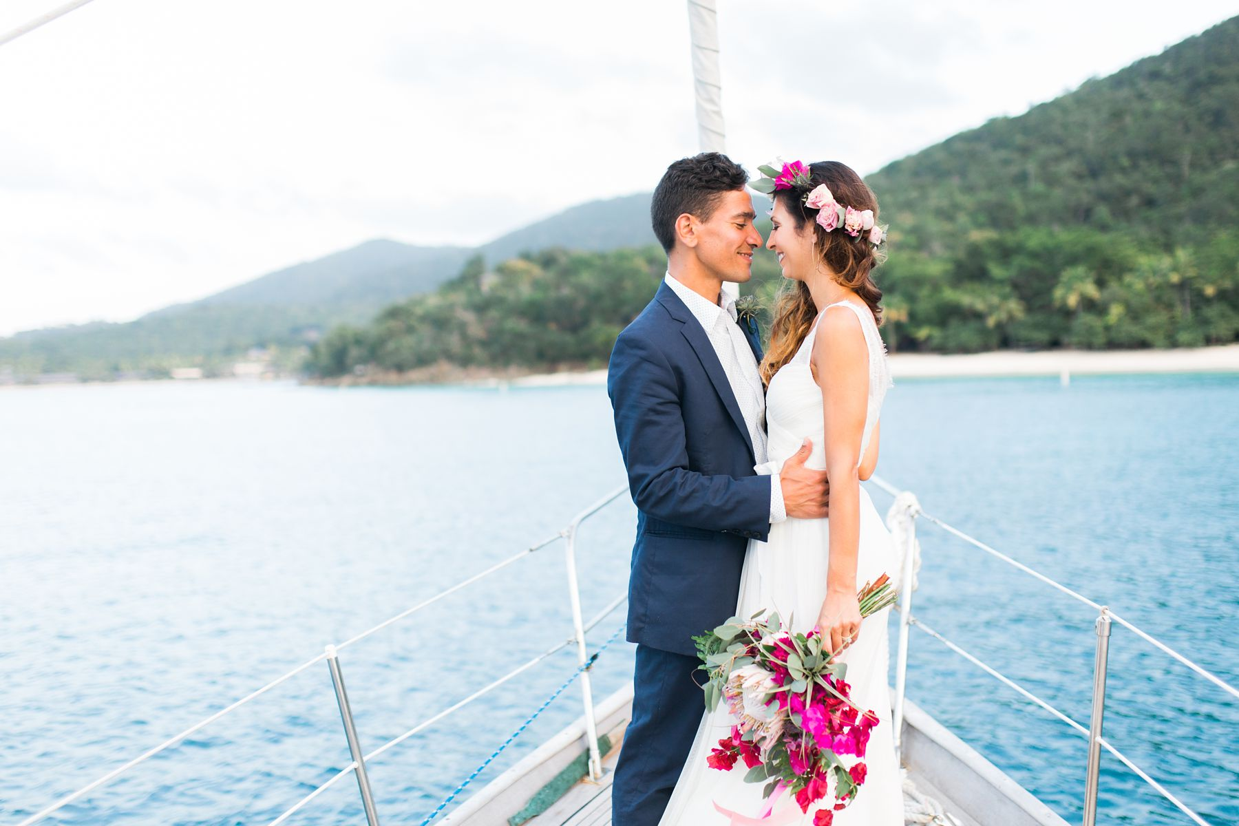 DESTINATION-WEDDING-SAIL-BOAT-ELOPEMENT-VIRGIN-ISLANDS-ST-JOHN-SAVANAH-LOFTUS_0005.jpg