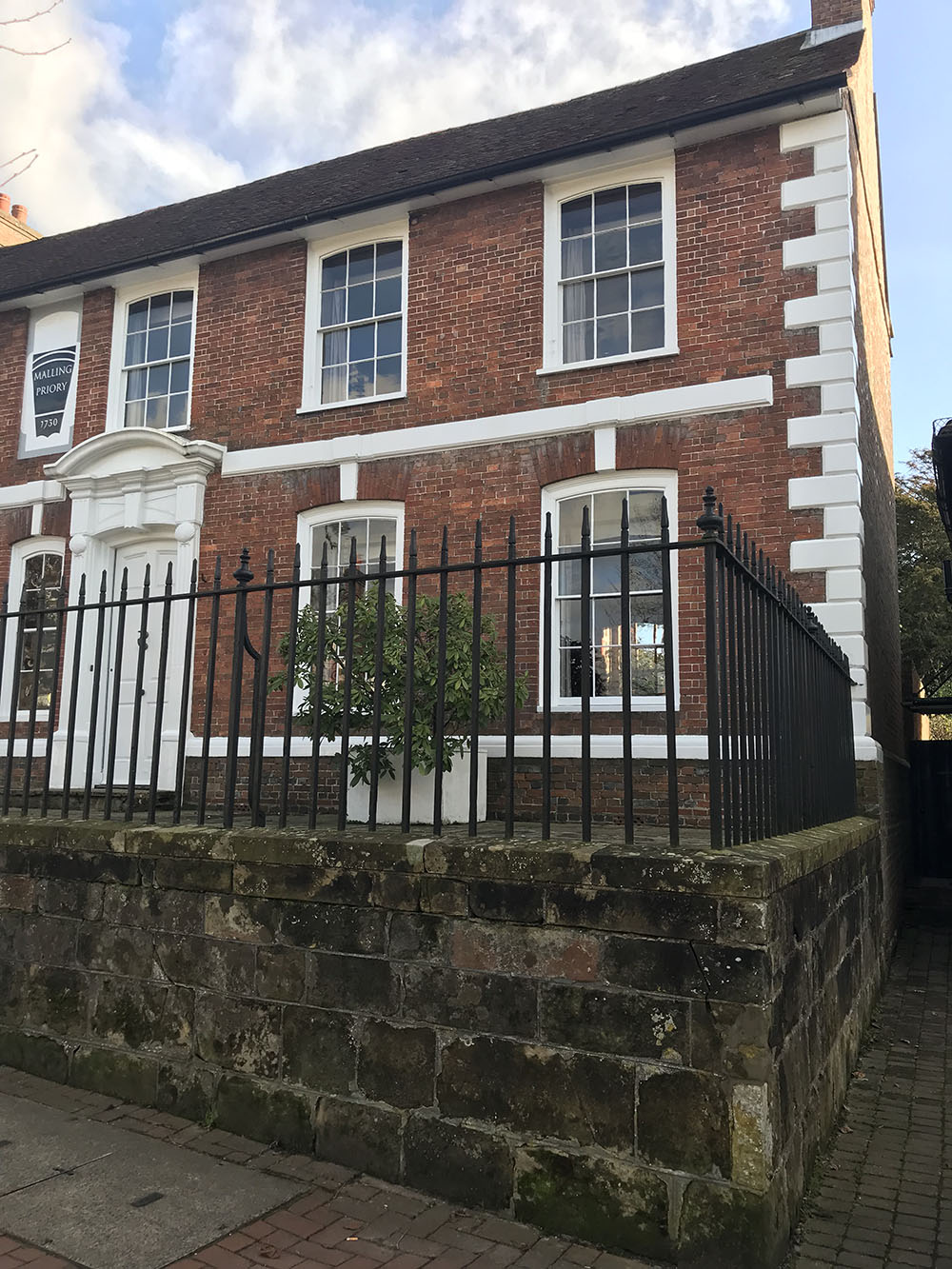 1 - Malling Priory, High Street, Lindfield