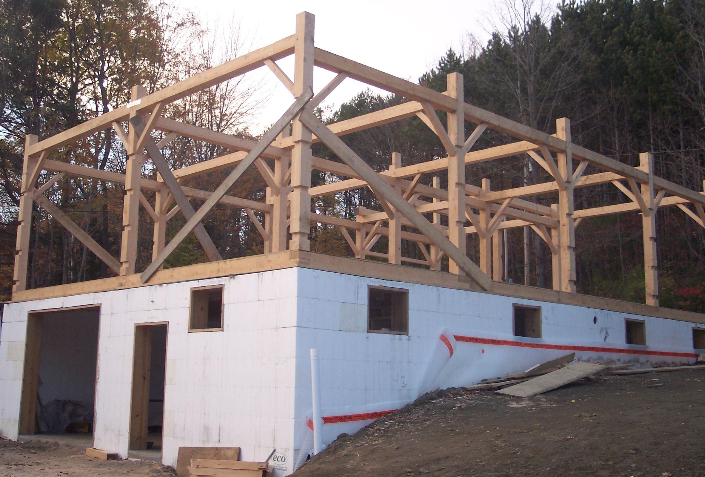 barn construction.JPG