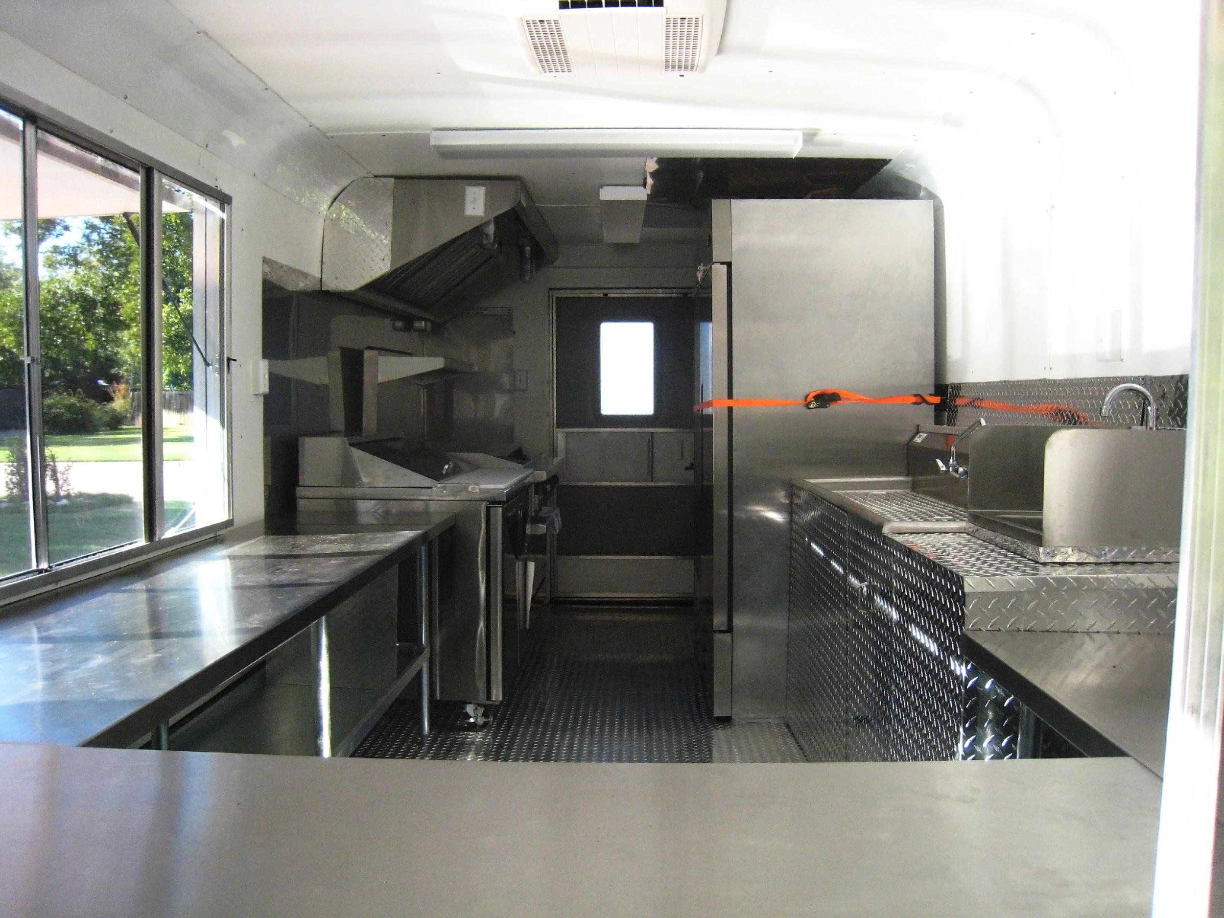 custom built concession trailer texas | www.txmobilekitchens.com