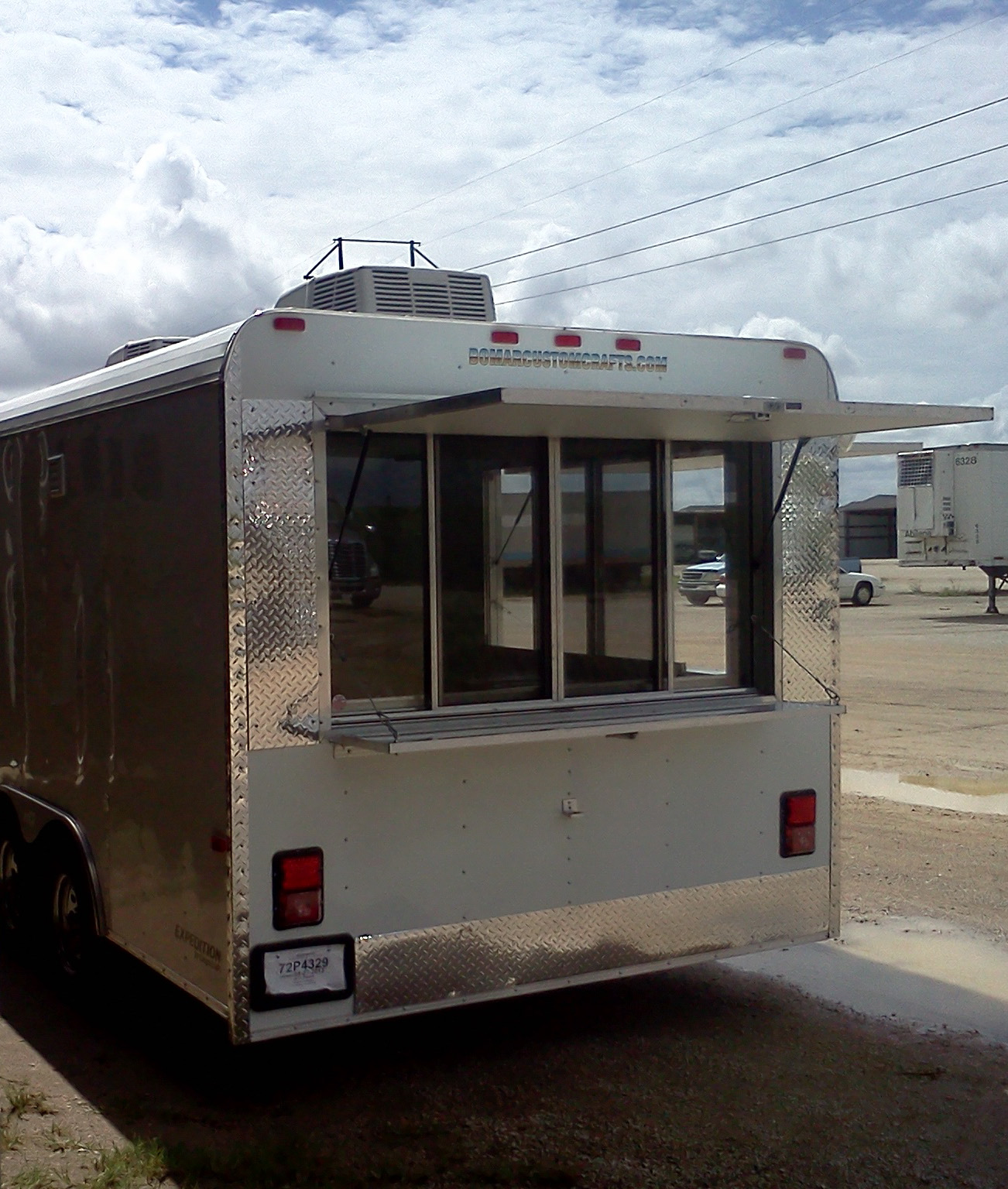 custom built in texas concession trailers
