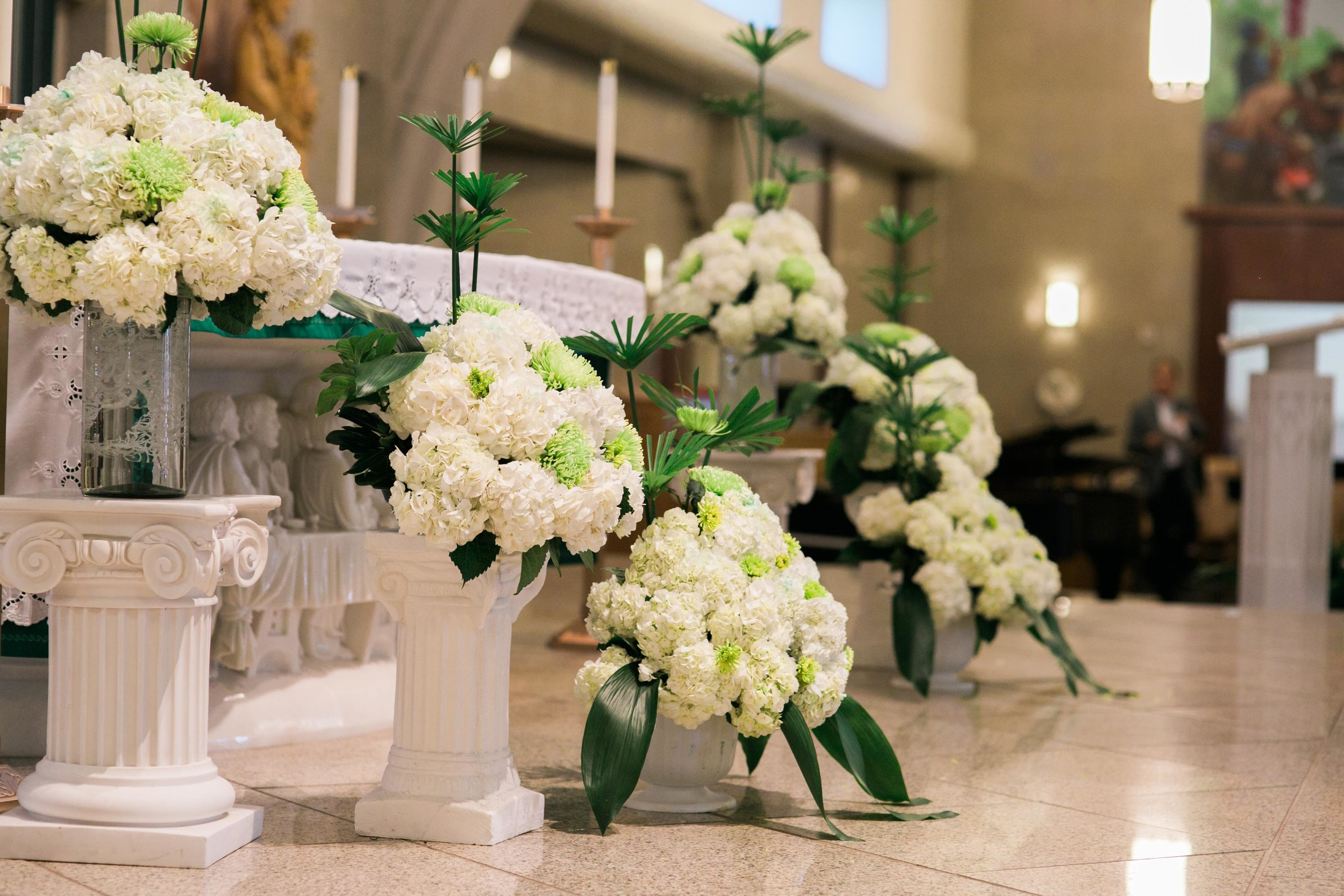 Beautiful flower decoration at the wedding.